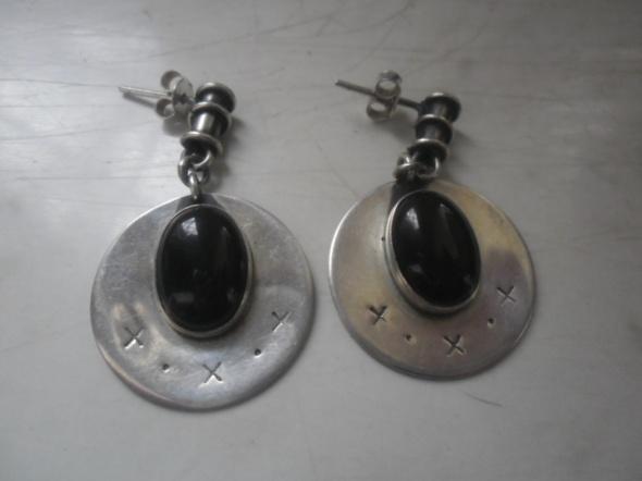 Kolczyki Piękne srebrne kolczyki z czarnym onyksem 10 gr