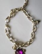 bransoletka na srebrnym łańcuszku z zawieszkami