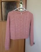 różowy krótki sweter crop top