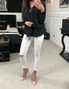 Elegancka bluzka O la Voga czarna