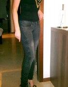Rewelacyjne spodnie BERSHKA rozmiar 36