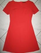 SISLEY czerwona rozkloszowana sukienka roz 36