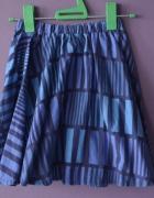 niebieska spódnica ciekawy zwór 34 36 XS S