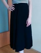 długa czarno biała sukienka w paski 36 38 S M