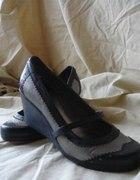 Skórzane buty na koturnach BC Footwear 40