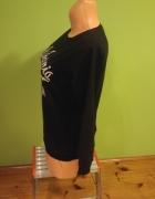 Czarna bluza z napisami