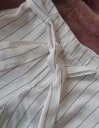 białe eleganckie spodnie z materiału Forever 21