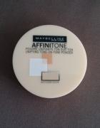 Puder Maybelline Affinitone w odcieniu 03