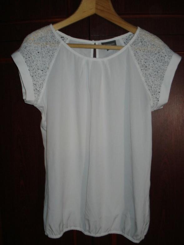Biała bluzka koronka 36...
