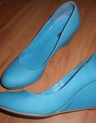 błękitne lazurowe buty na koturnie 38