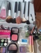 Duży zestaw różnych kosmetyków