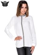 Biała koszula w stylu boho ze wzorzystą listwą