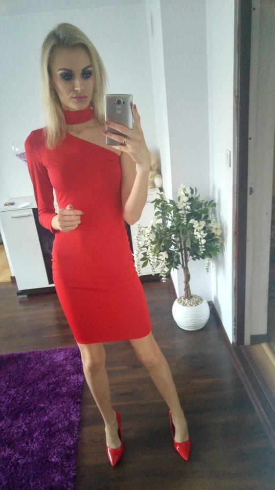 Eleganckie R E D dress