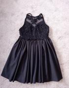 Czarna sukienka balowa...