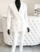 Elegancki damski garnitur White