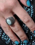 pierścionek z turkusowym oczkiem