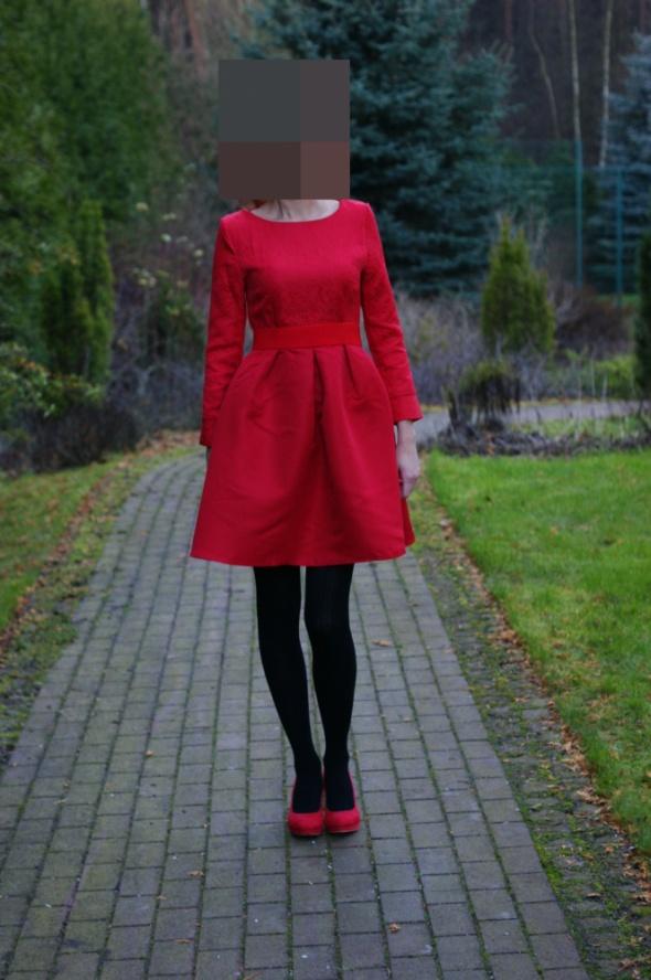 Suknie i sukienki Nowa Czerwona Sukienka S
