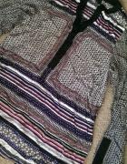 bluzka we wzory azteckie