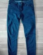 granatowe spodnie Reserved M