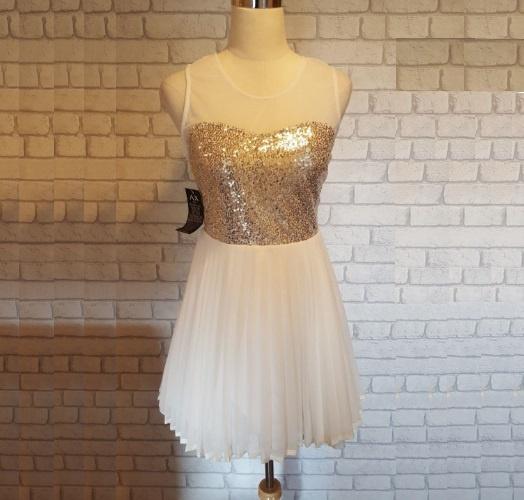 Sukienka AX Paris rozm M...
