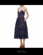 Sukienka Ażurowa z cielistym podbiciem...
