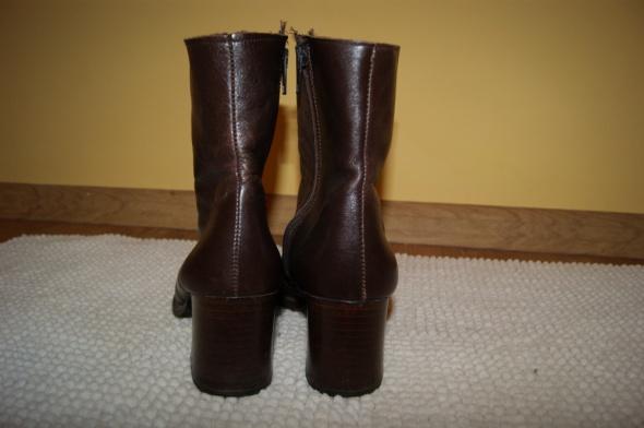 Włoskie skórzane botki