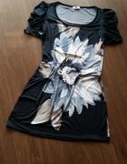 Czarna sukienka w kwiaty M