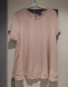 pudrowy róż szeroka rozkloszowana bluzka styl zara