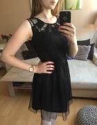 Elegancka czarna tiulowa i rozkloszowana sukienka reserved rozm...