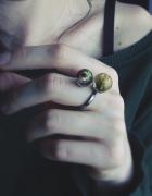 Podwójny pierścionek z różą i pąkiem kwiatu srebro rodowane