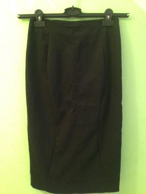 Spódnice Zara kruczoczarna ołówkowa spódnica jak nowa 36