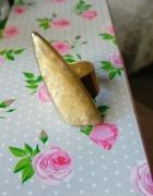 Artystyczny pierścionek z mosiądzu