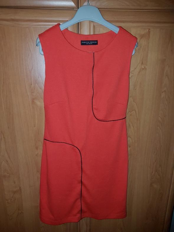 Sukienka pomarańczowa...