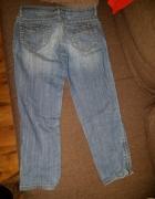 Spodnie jeansowe rybaczki...