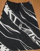 Czarno biała spódnica przed kolano rozmiar M 38