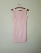 Sukienka pudrowy pastelowy różowy