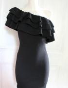 Dopasowana sukienka mała czarna hiszpanka r SM