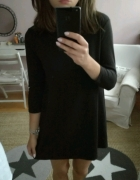 Mała czarna trapezowa sukienka