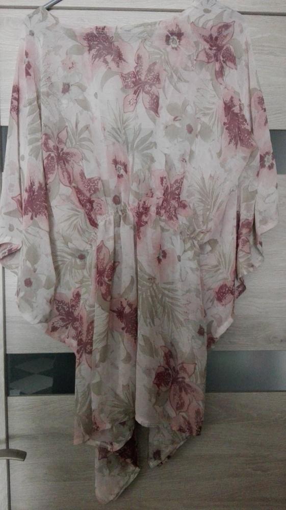 Bluzki Bluzka a la kimono w kwiaty