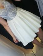 Sukienka XS biało szara
