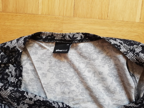 Krótka sukienka Gina tricot 34...