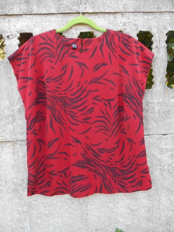Bluzki Czerwona Bluzka XL 44 XXL w czarne wzorki