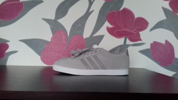 Nowe buty Adidas Courtset W...