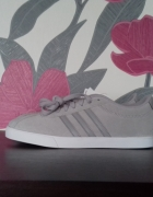 Nowe buty Adidas Courtset W