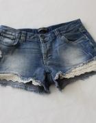 spodenki jeansowe z koronką s...