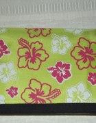 neonowy portfel w kwiatki