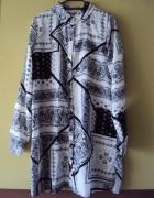 koszulowa sukienka we wzorki