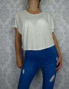 Krótka biała bluzka oversizowa z koronką Purple...