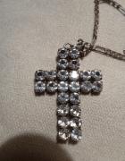 srebrny krzyż cyrkonie