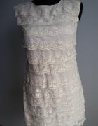 Sukienka koronkowe falbanki